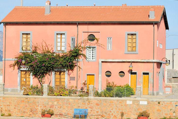 Vacanze in sardegna case e appartamenti fotografie for Fotografie case